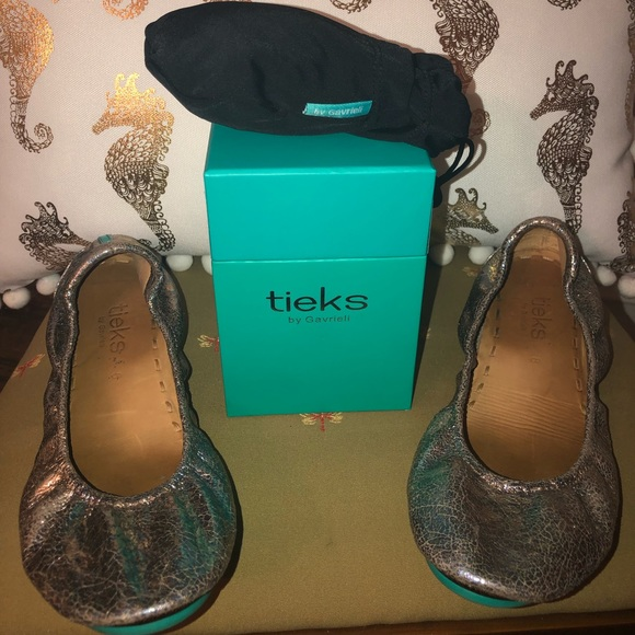 Tieks Shoes | Love Potion Tieks Size 8